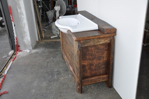 Mobile da bagno mod u critornatou d « falegnameria pernetta